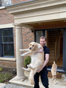baldowin removals surrey alex with dog 568px 227x300 - Gallery